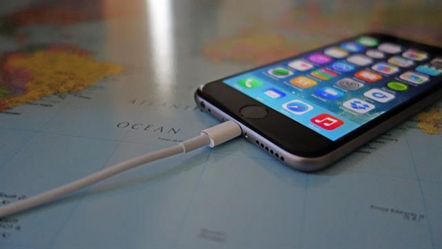 Cách khắc phục iphone 6,6 plus lỗi sạc không vào pin nhanh chóng