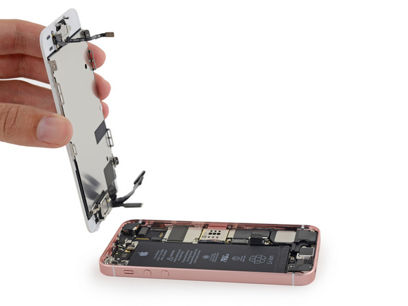 Thay mặt kính iphone 5SE chính hãng lấy ngay ở Cầu Giấy - Hà Nội