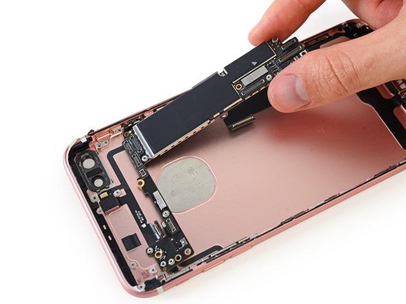 Sửa iphone uy tín Cầu Giấy { Thanh Hậu Mobile - Số 1 Cầu Cót}